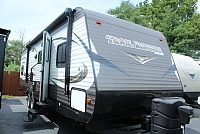 2017 Heartland RV Trail Runner 30USBH