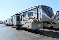 2019 Jayco PINNACLE 38REFS